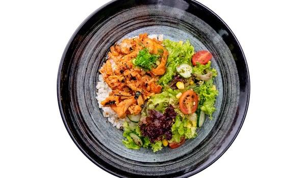 OMOOMODON Spicy Chicken Don Bento Delivery